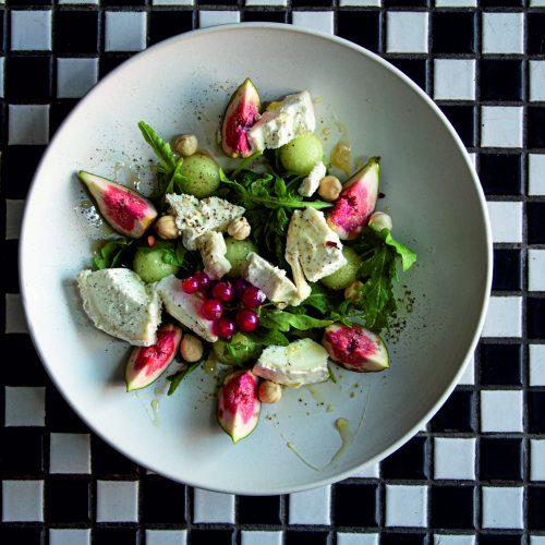 figu ir ozkos urio salotos